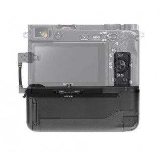 Батарейный блок ручка на Sony A6000/6300