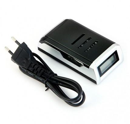 Зарядное устройство C905W для аккумуляторов типа AA / AAA